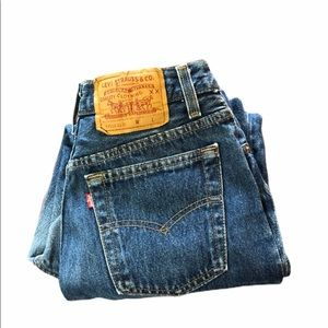 Vtg Levi's women 501 made in USA see measurements